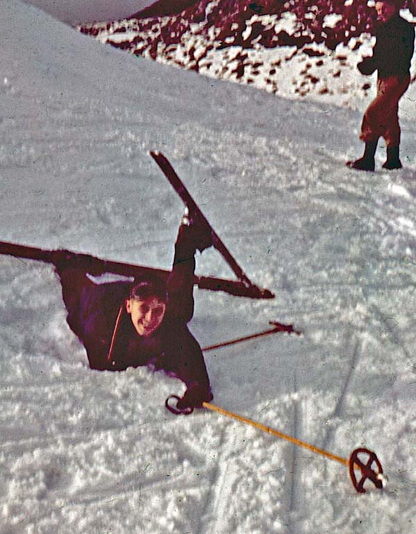 Winter 1957: Stu Pearce tangled in his long boards on our magic ski tour near Arthurs Pass