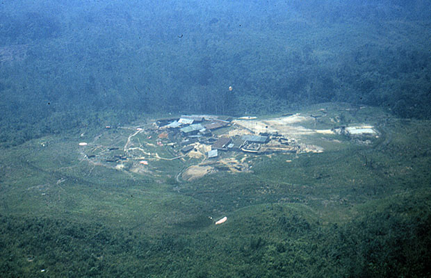 1965: Red 21, the Stass fort dropzone in Sarawak, west of Kuching